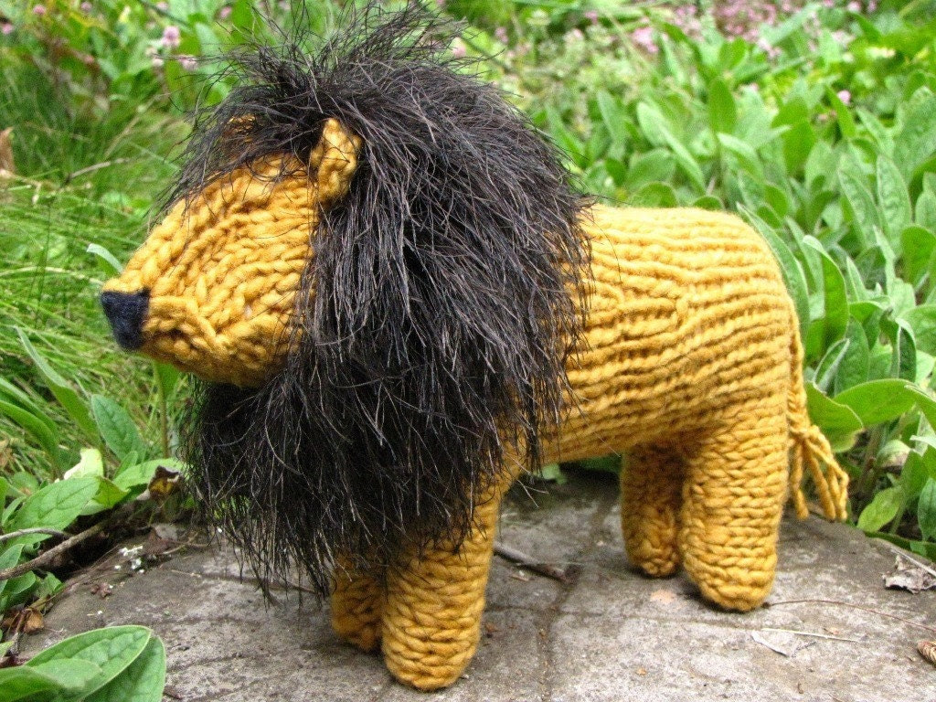 Simon the South African Knitted Lion, Merino Yarn