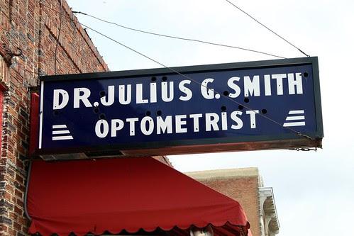 dr. julius g. smith optometrist