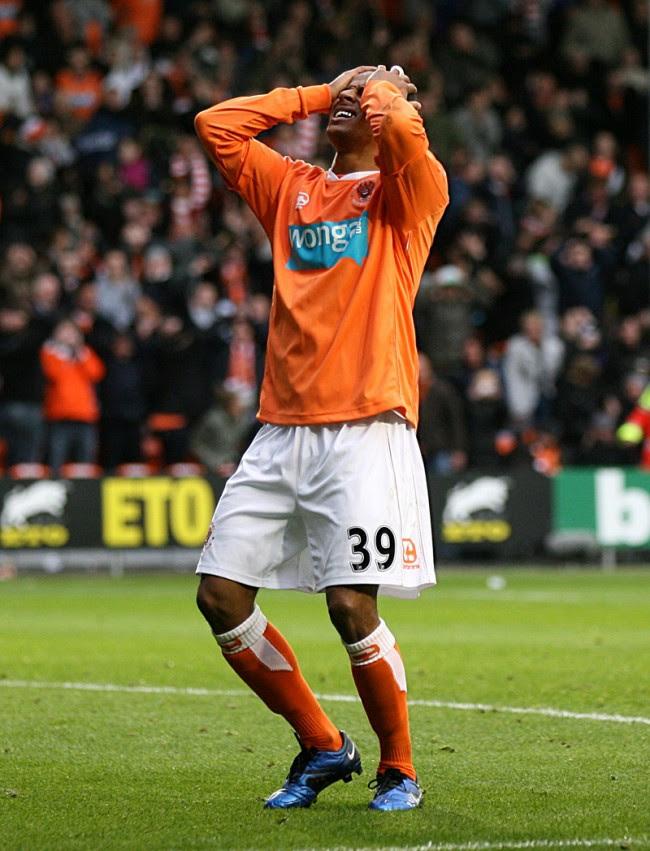 Soccer - Barclays Premier League - Blackpool v Manchester ...