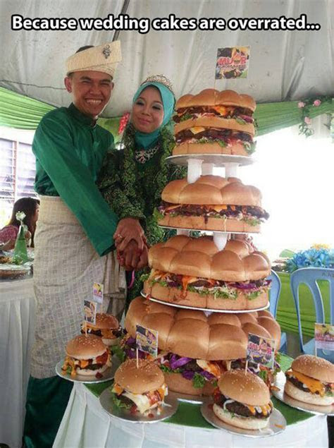 Burger Wedding Cake   Neatorama