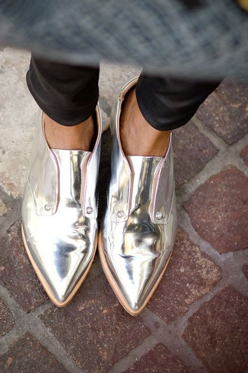 metallic-shoes-style