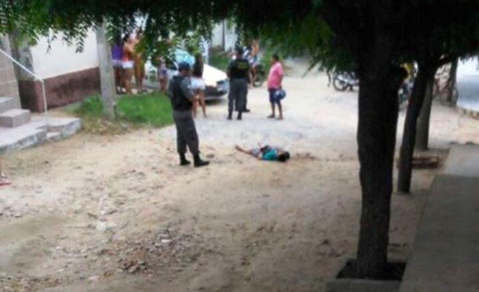 Gaguinho-foi-esfaqueado-e-socorrido-para-o-Hospital-Regional