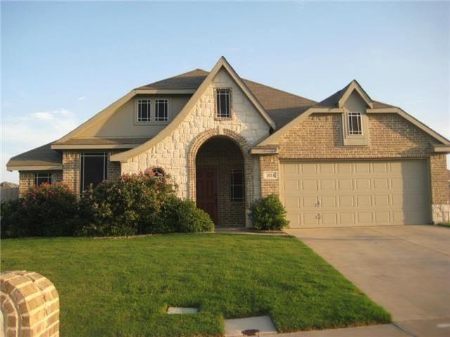 3814 Regent St, Midlothian, TX 76065  Home For Sale and Real Estate Listing  realtor.com®