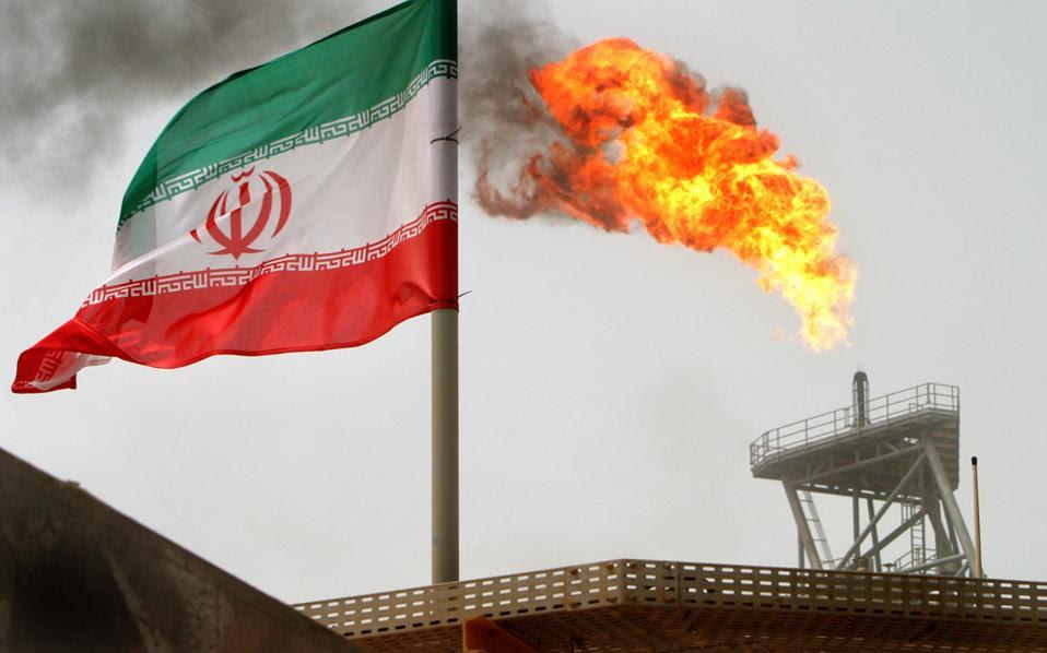 Το φθηνό πετρέλαιο δεν θα αλλάξει τη στάση του Ιράν στις διαπραγματεύσεις για το πυρηνικό του πρόγραμμα, ούτε θα αναγκάσει τους Ρώσους να μεταβάλουν την πολιτική τους στην Ουκρανία.
