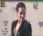 Fernanda Serrano sensual na entrega de premios Sophia 2018