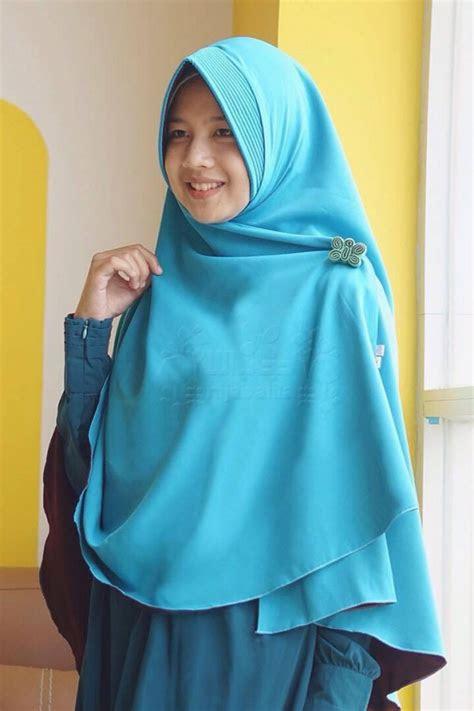 hijab syari biru dongker tutorial hijab terbaru