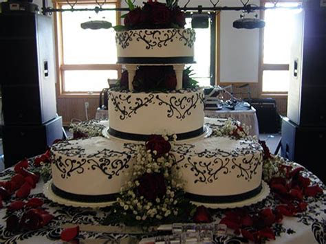 Wedding Cakes Gallery 8   Lisa Becker's Custom Wedding