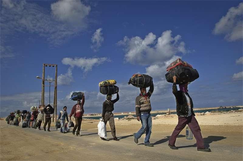 Risultati immagini per immagini migrazione