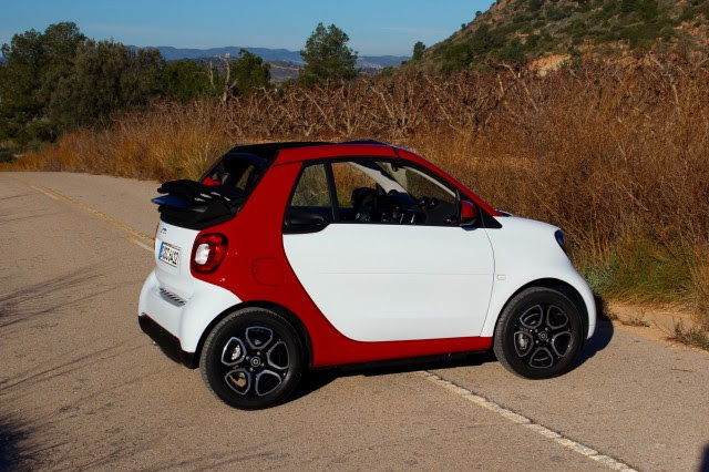 ... 2017 Smart ForTwo, 2017 Porsche 718 Boxster: What's New @ The Car