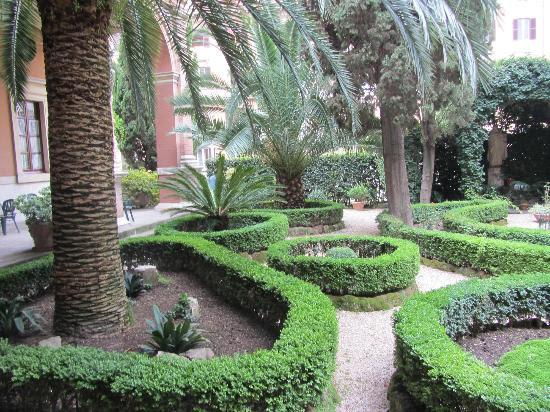 Bilder från Istituto San Giuseppe di Cluny, Rom
