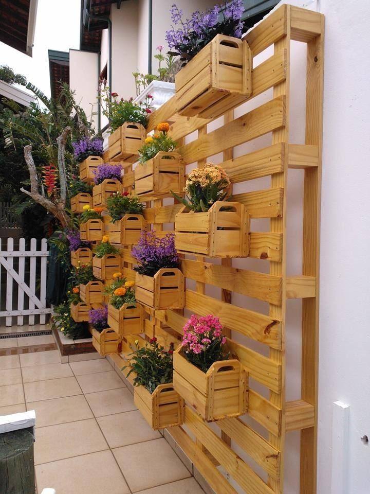 5 Creative Front Yard Decoration Ideas that You'll Admire  - http://www.amazinginteriordesign.com/5-creative-front-yard-decoration-ideas-youll-admire/