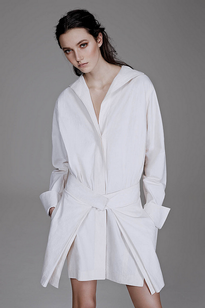 Le Fashion Blog All White Everything The Wall Street Journal Donna Karan Shirtdress The Simplicity of the White Shirt WSJ Magazine Spring 2014 Photographer Ben Weller Stylist Zara Zachrisson Models Matilda Lowther and Charlotte Wiggins Romantic Natural Beauty Hair 8 photo Le-Fashion-Blog-All-White-Everything-The-Wall-Street-Journal-Donna-Karan-Shirtdress-8.png
