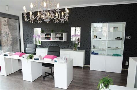 love     home nail salon decorating ideas