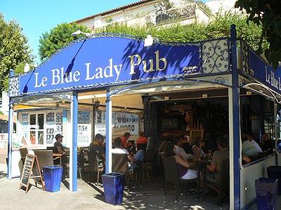 le blue lady pub.jpg
