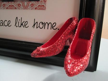 Make A Ruby Slipper Frame Dollar Store Crafts