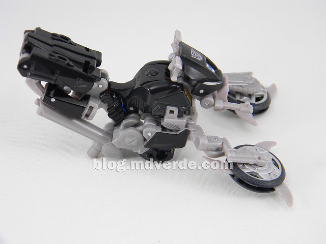 Transformers Tailpipe & Pinpointer DotM Human Alliance Scout - modo arma