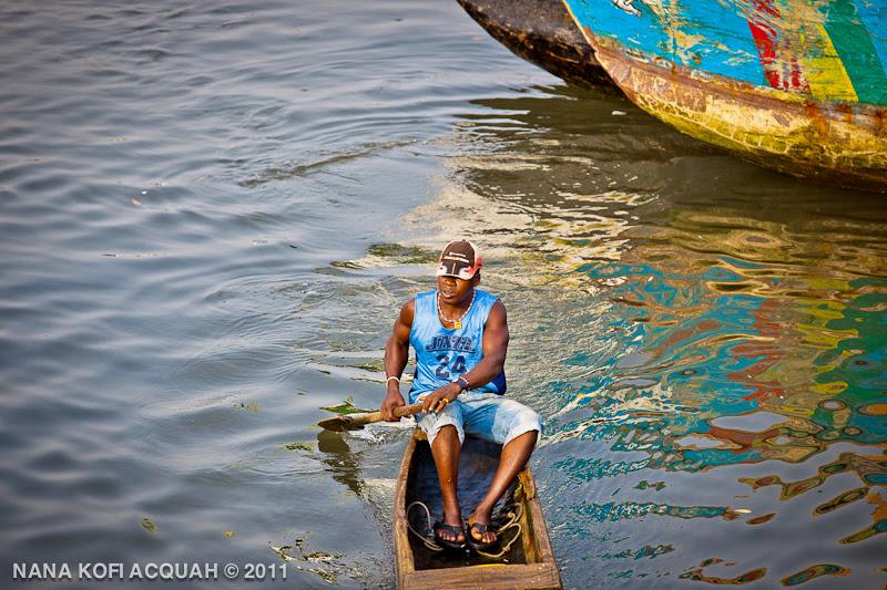Elmina - On an errand