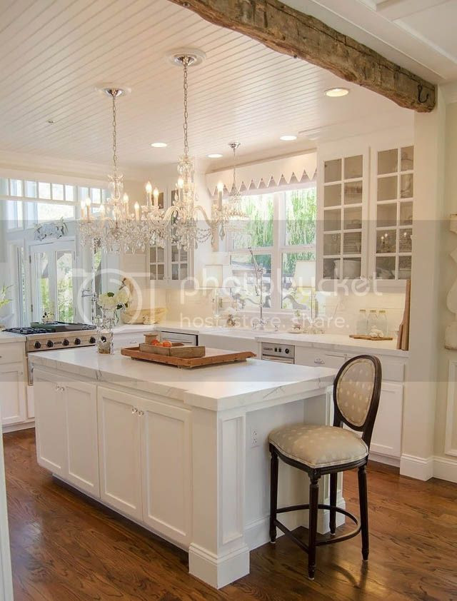 A Glamorously Rustic Kitchen Home Design Style