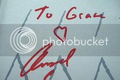 photo autograph_420.jpg