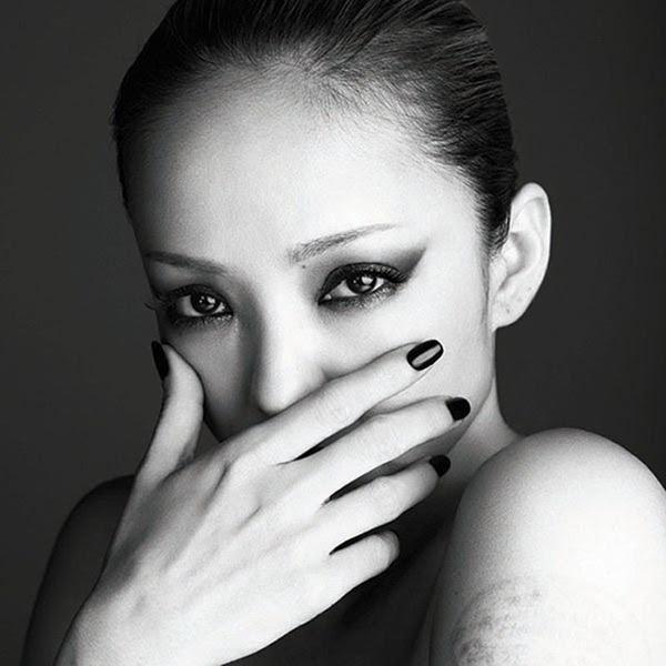 Namie_Amuro_-_FELL_(CD DVD)