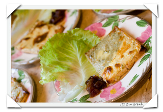 picture photograph image Welsh Rarebit with Cheeses from Bath England 2007 copyright of sam breach http://becksposhnosh.blogspot.com/