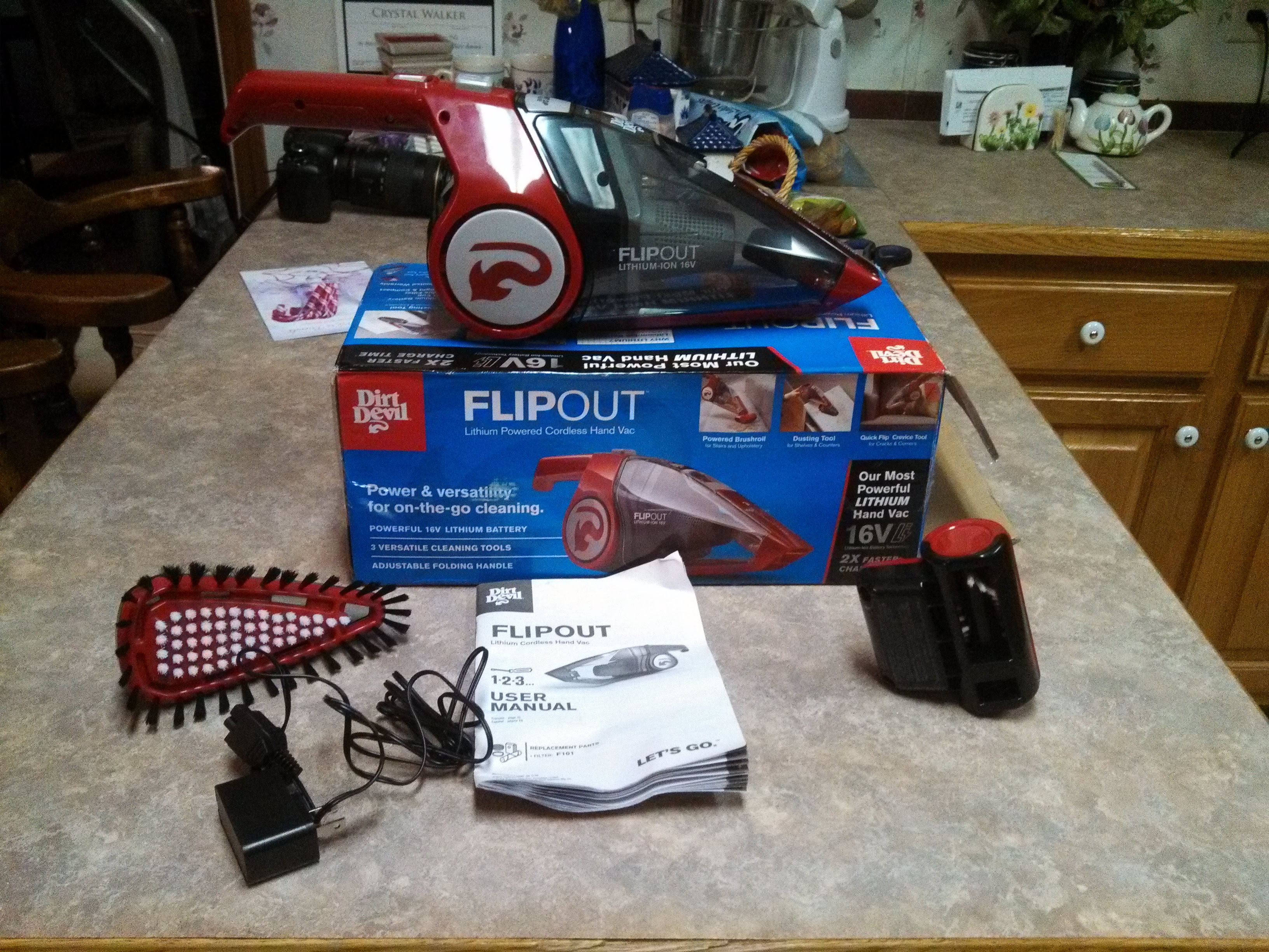 Dirt Devil Flipout Lithium Powered Cordless Hand Vac Review Bb