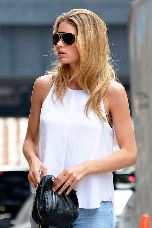 Le Fashion Blog Model Off Duty Doutzen Kroes Sexy Summer Casual Aviator Sunglasses White Tank Top Long Hair Bronzer Beauty photo Le-Fashion-Blog-Model-Off-Duty-Doutzen-Kroes-Sexy-Summer-Casual-Aviator-Sunglasses-White-Tank-Top-.jpg