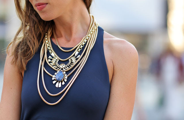 Sydne-Style-layered-necklaces-baublebar-kendra-scott-accessories-jewelry-fashion-week-