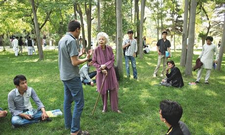 Nancy Hatch Dupree with science students outside the Afghanistan Centre at Kabul University