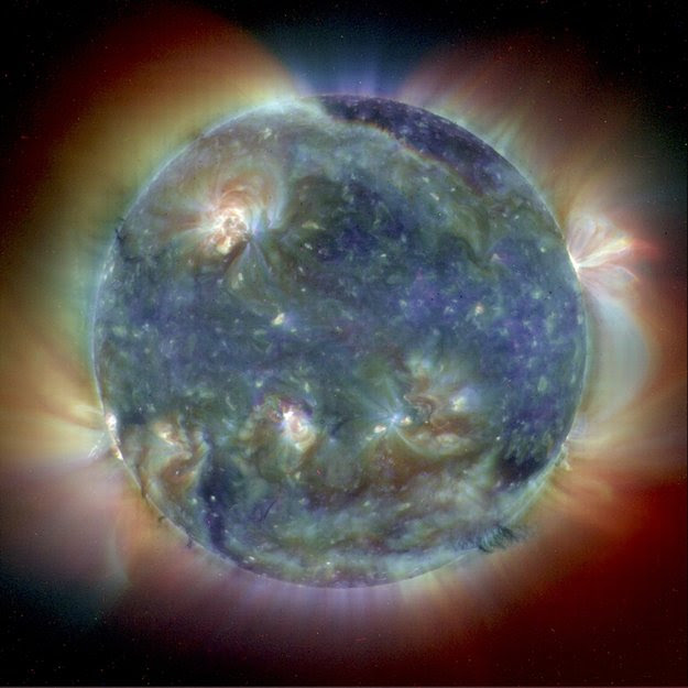 Ultraviolet image shows the Sun's intricate atmosphere