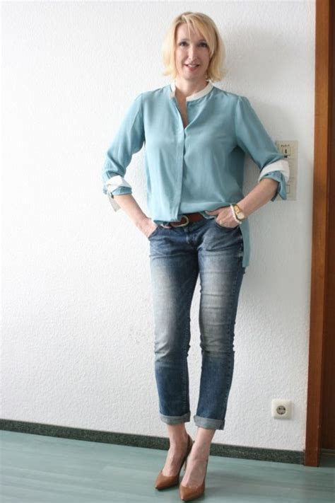 Fashion for Women Over 50 tips   StyleSkier.com
