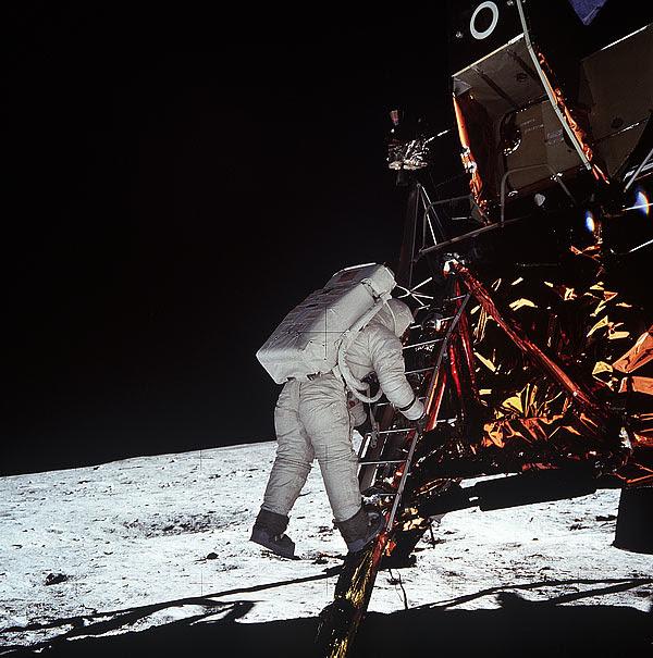 Aldrin egress