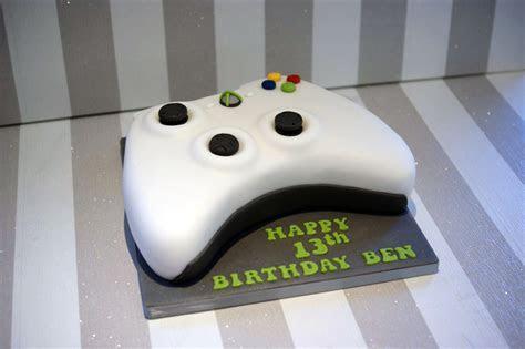 XBox controller 13th Birthday Cake   Bakealous