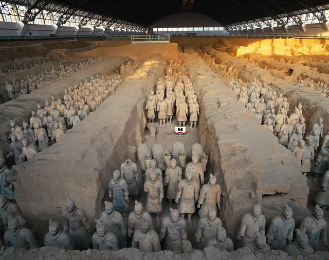 terracotta-warriors-and-horses 1