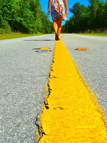 Walking yellow line