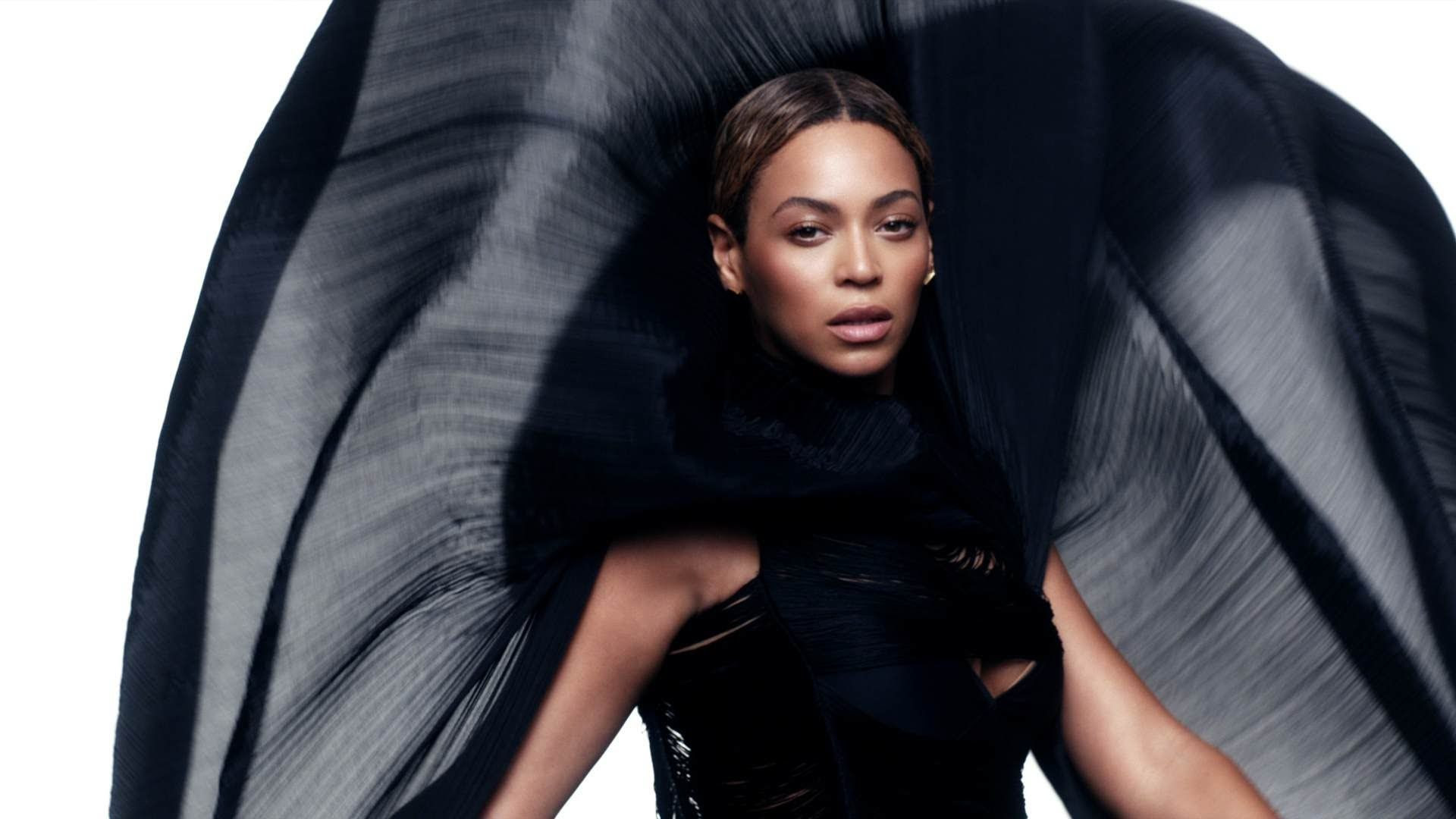Beyonce photo beyonce-see-music-album-leak.jpg