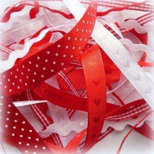 photo ribbons_zpsqv9tubbh.jpg