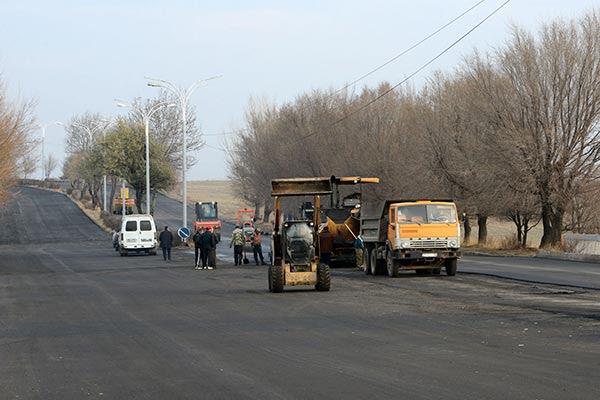 http://armenianow.com/sites/default/files/img/imagecache/600x400/Gyumri-Putin-visit-streets.jpg