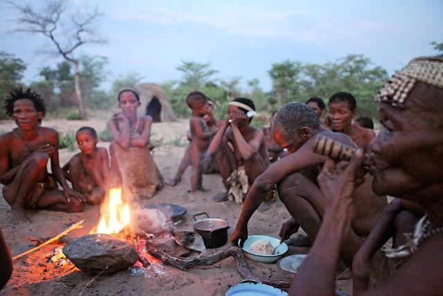 qV2TW0DtckS8rFpMPUKTE23FbHD3w2fTCxj56hDIj0lp3hXzEZ0IycoKlnPh176dSLRY3CrxezxwMONKsRFcn13cQ 9u vFJSNxivNXoYT7dlA=s0 d San Bushmen People, The World Most Ancient Race People In Africa