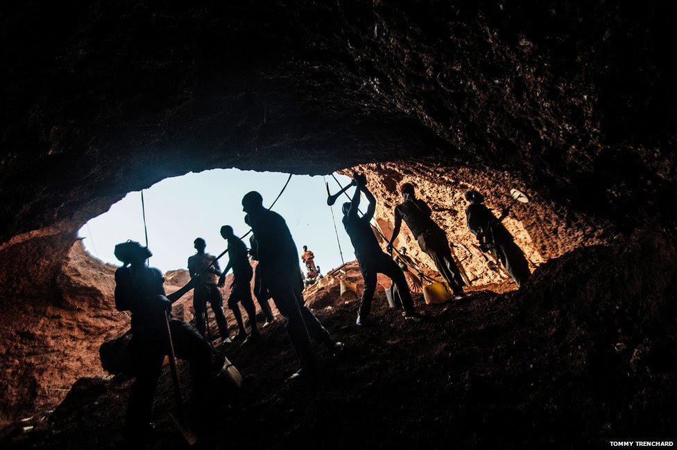 Miners inside tunnel
