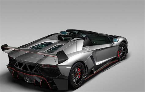 lamborghini aventador veneno 3 Images   See a Lamborghini Aventador with a Veneno body kit
