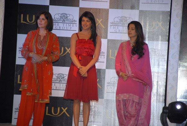 Lux Inspiring Beauty by Omar Qureshi and Times Of India, Zeenat Aman, Priyanka Chopra, Juhi Chawla
