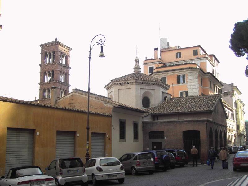 Fil: Monti - Santa Pudenziana - Campanile e Oratorio 2210.JPG