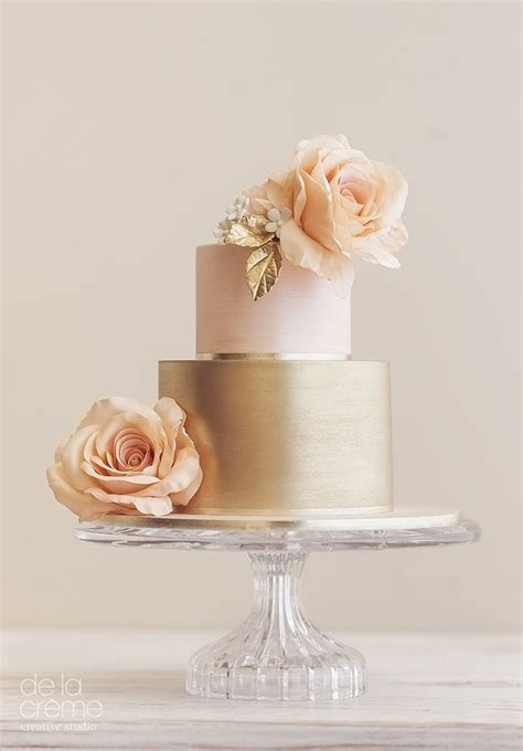 Best 25  Gold cake ideas on Pinterest   Gold and white