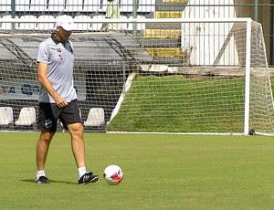 Gilmar Dal Pozzo, técnico do ABC (Foto: Reprodução/Inter TV Cabugi)