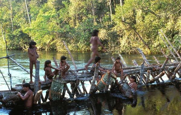 La ceremonia yãkwa de los enawene nawes corre el peligro de desaparecer debido a la drástica disminución de las reservas pesqueras.