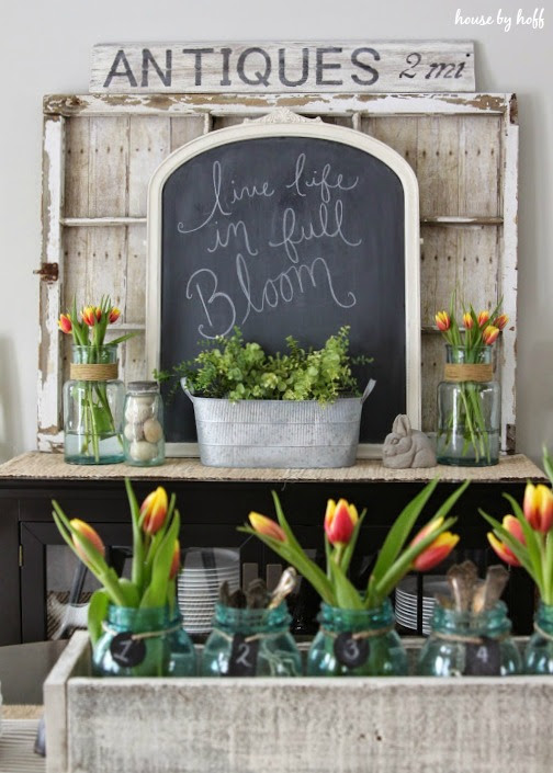 Pretty farmhouse spring display as part of a house tour from House by Hoff | Friday Favorites at www.andersonandgrant.com
