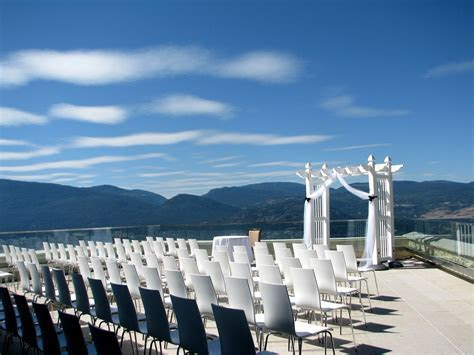 Rated #2 Wedding Venue in the Okanagan. Sparkling Hills