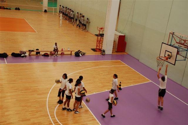 Exercícios para crianças de basquete
