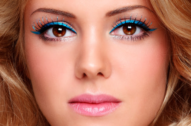What color eyeliner for brown eyes